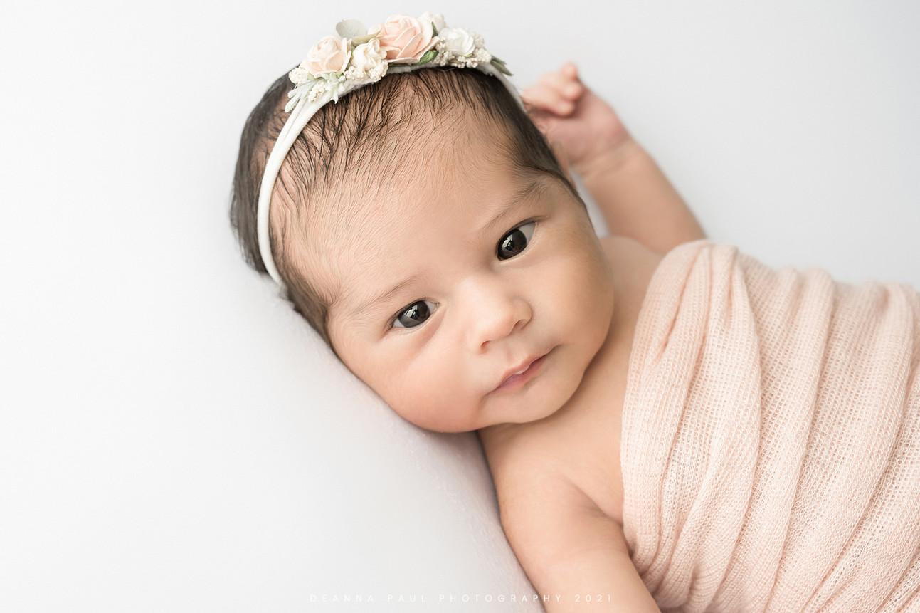 web_Ariana_newborn_72.jpg