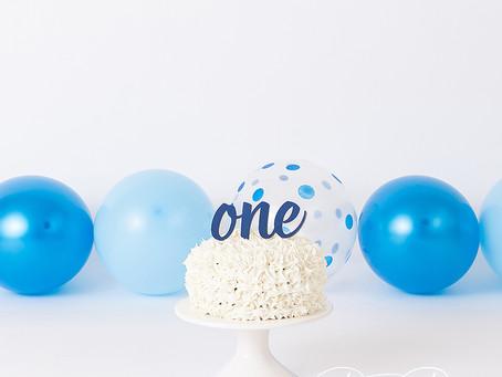 Simple Cake Smash | Roseville Photographer