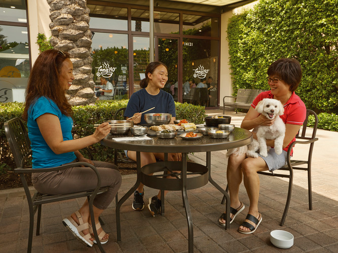Pet-Friendly Outdoor Seating