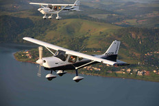 Ensaio em voo e fabrica out 2009 915_Eas
