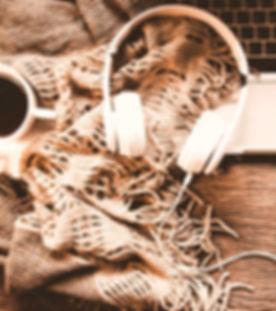depositphotos_172429102-stock-photo-cozy-winter-background-cup-of_edited_edited.jpg