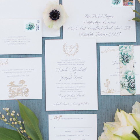 Royal Palms Invitation Suite