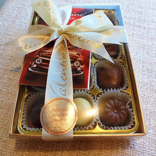 12 Sugar Free chocolates in clear box 138g