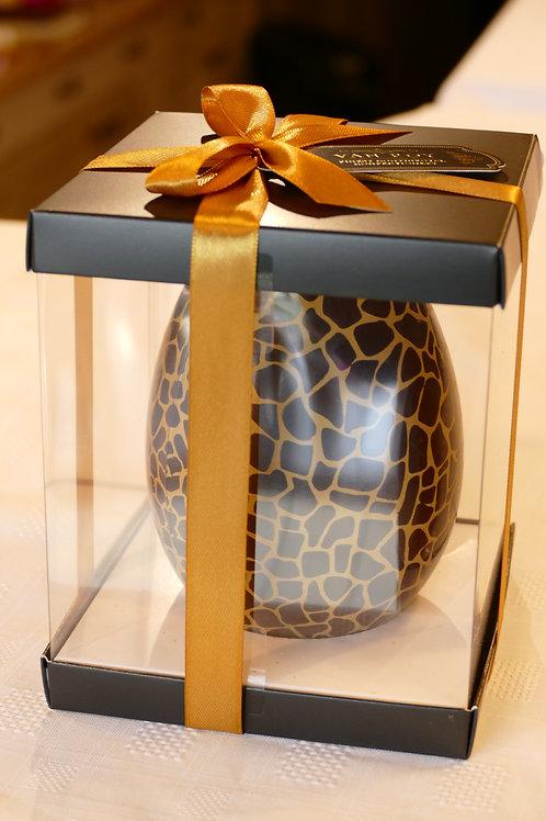 Van Roy Luxury egg with chocolates