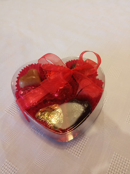 Clear Heart box with 8 chocolates