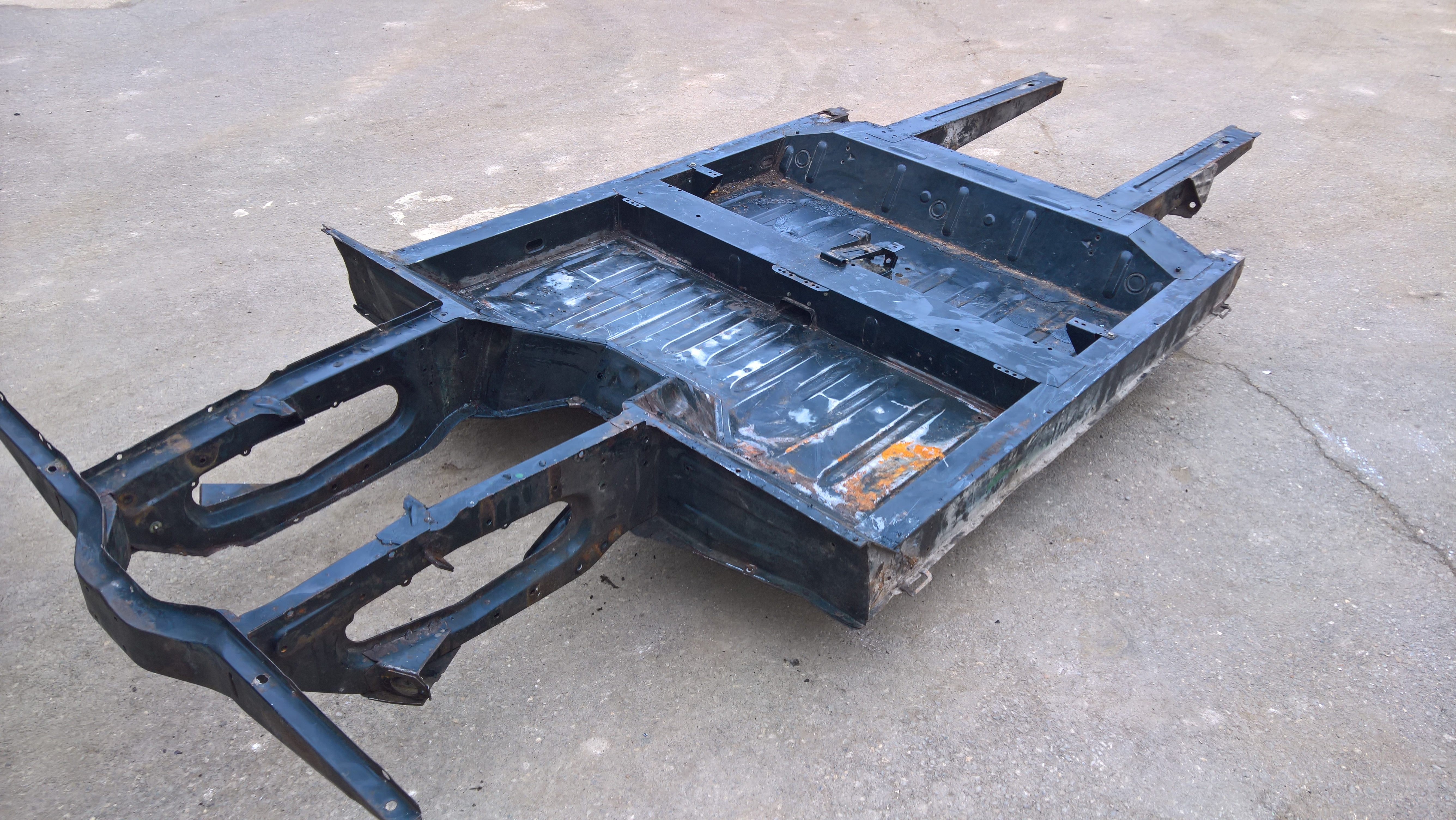 Chassis (4)
