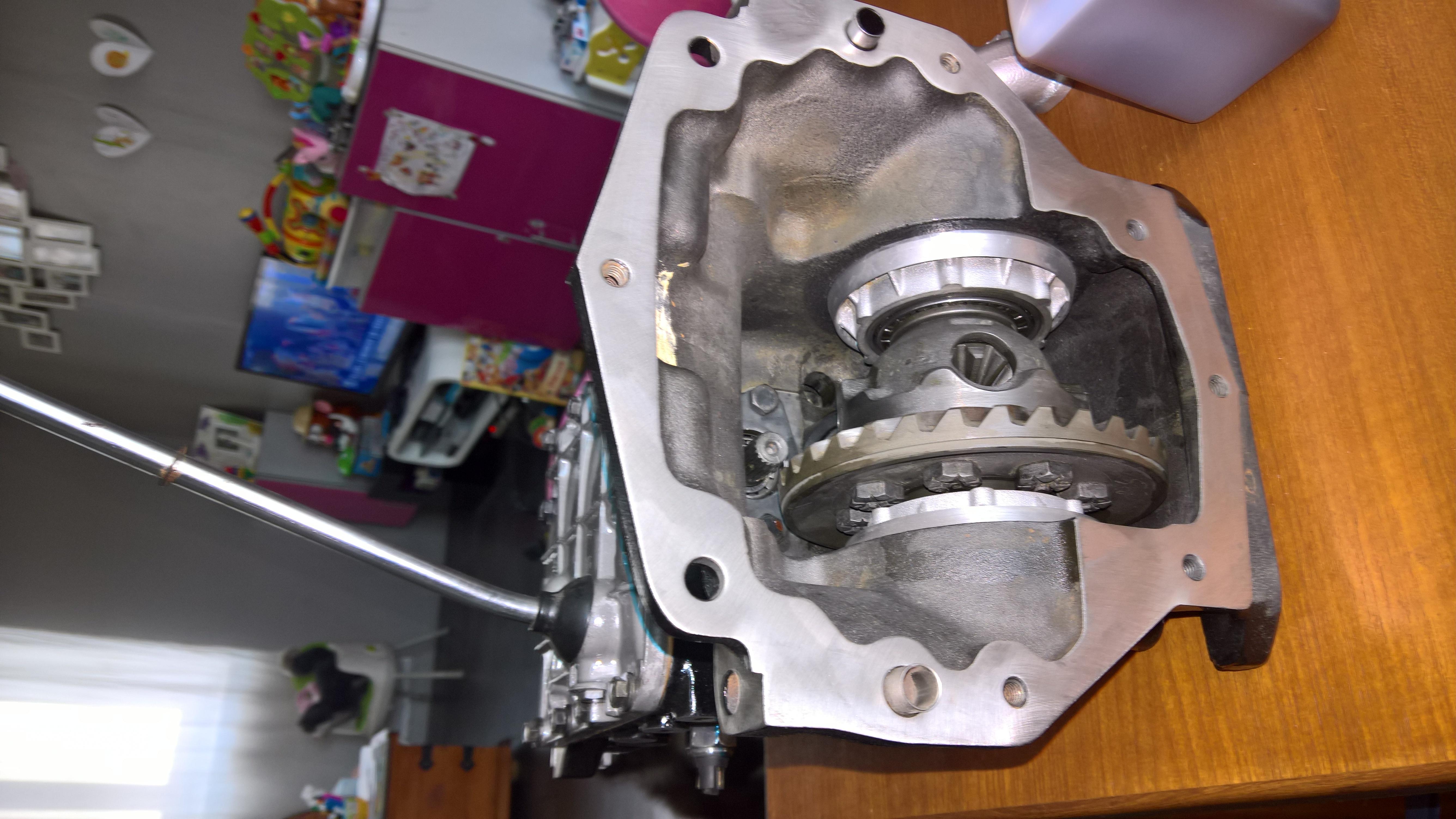 Moteur - Boite Renault 4L 956 cm 3 (92)