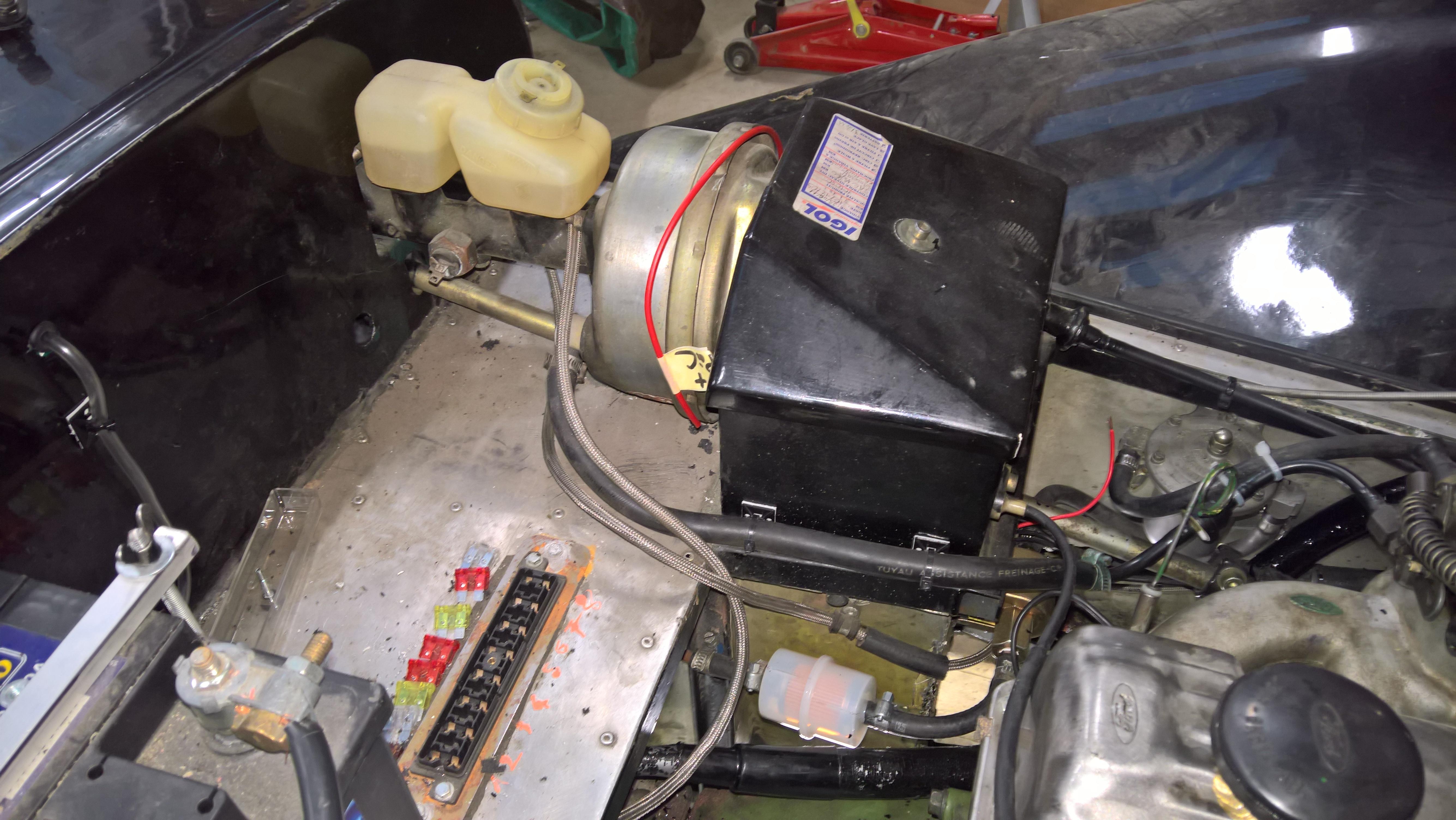 Faisceau compartiment moteur (17)