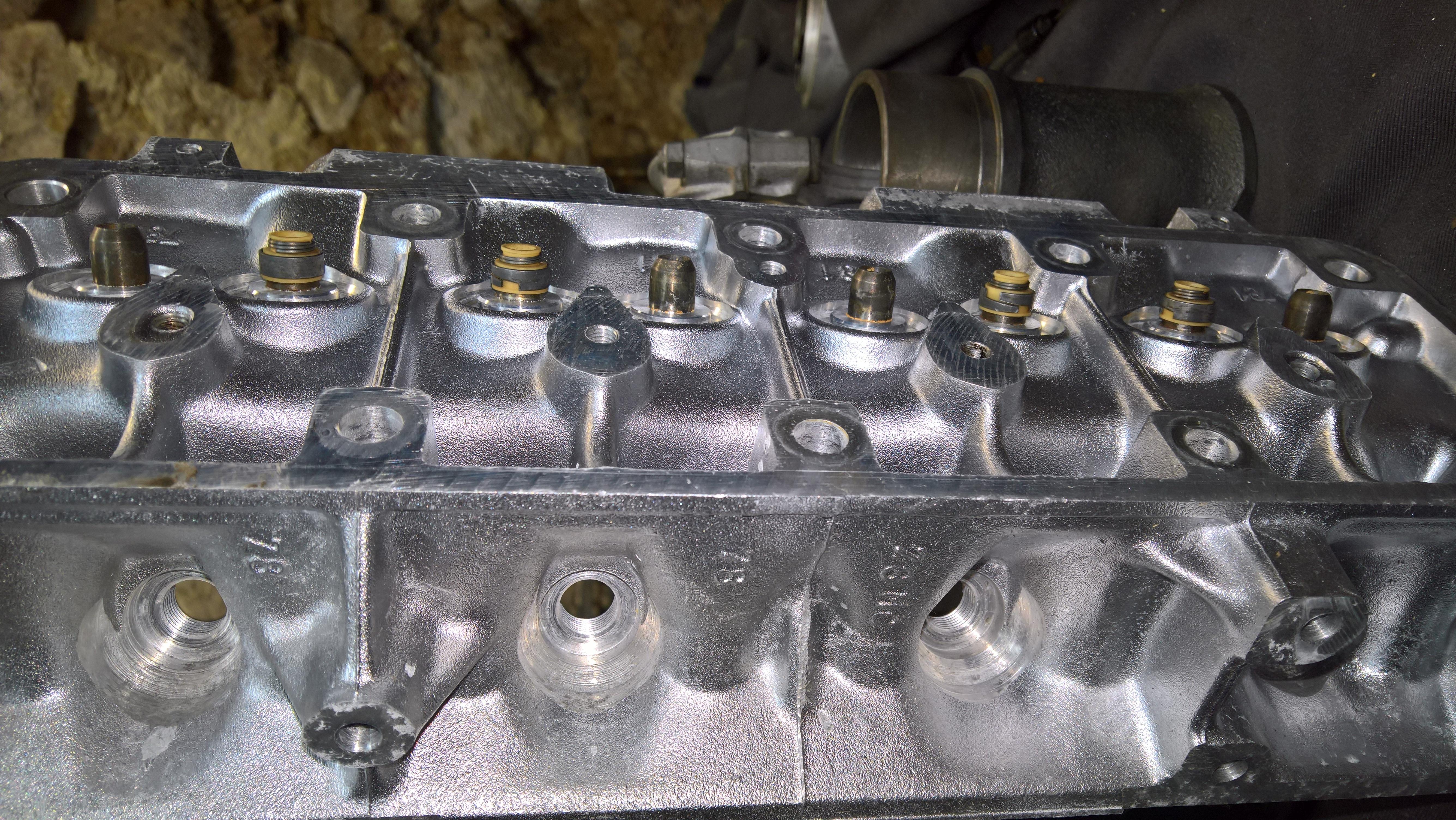 Moteur - Boite Renault 4L 956 cm 3 (111)