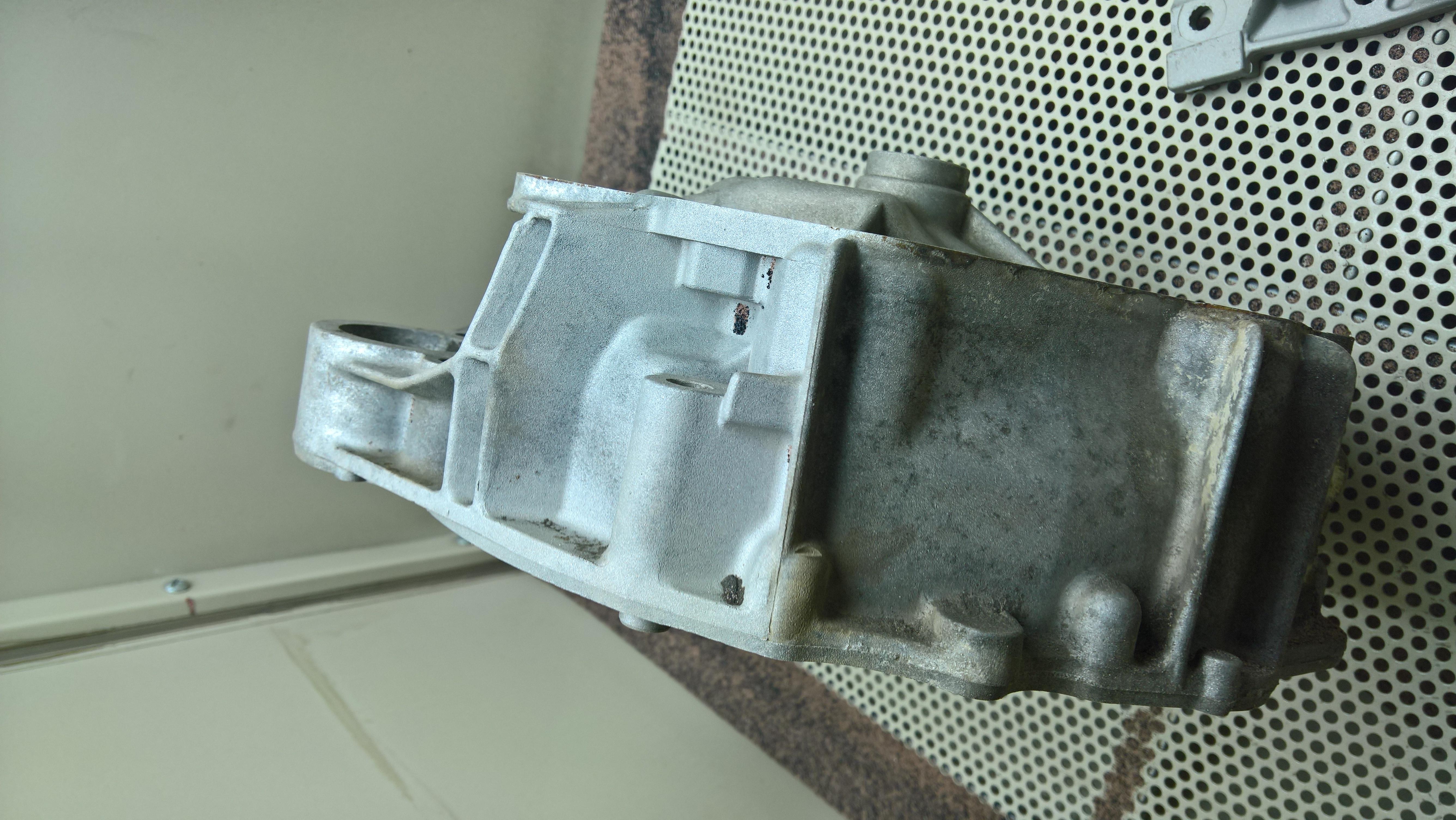 Moteur - Boite Renault 4L 956 cm 3 (68)