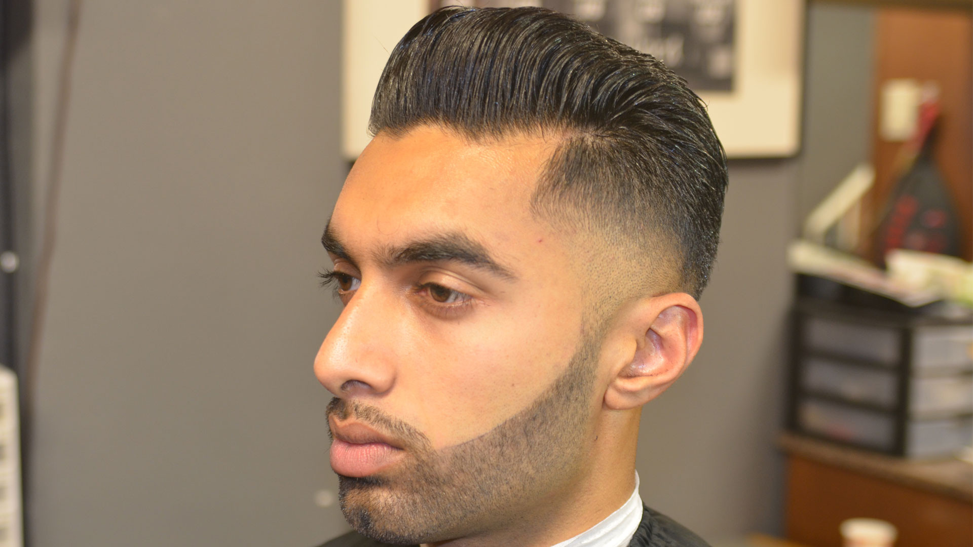 TAPER WITH LINEUP-NO BEARD