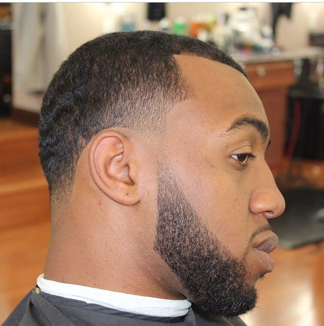 TAPER WITH BEARD AND LINEUP