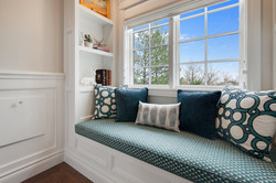 Project Holyoke Craftsman Landing and Reading Nook