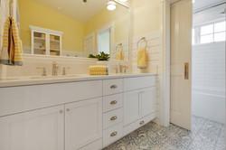 Project Holyoke Craftsman Kid's Bath - View 1