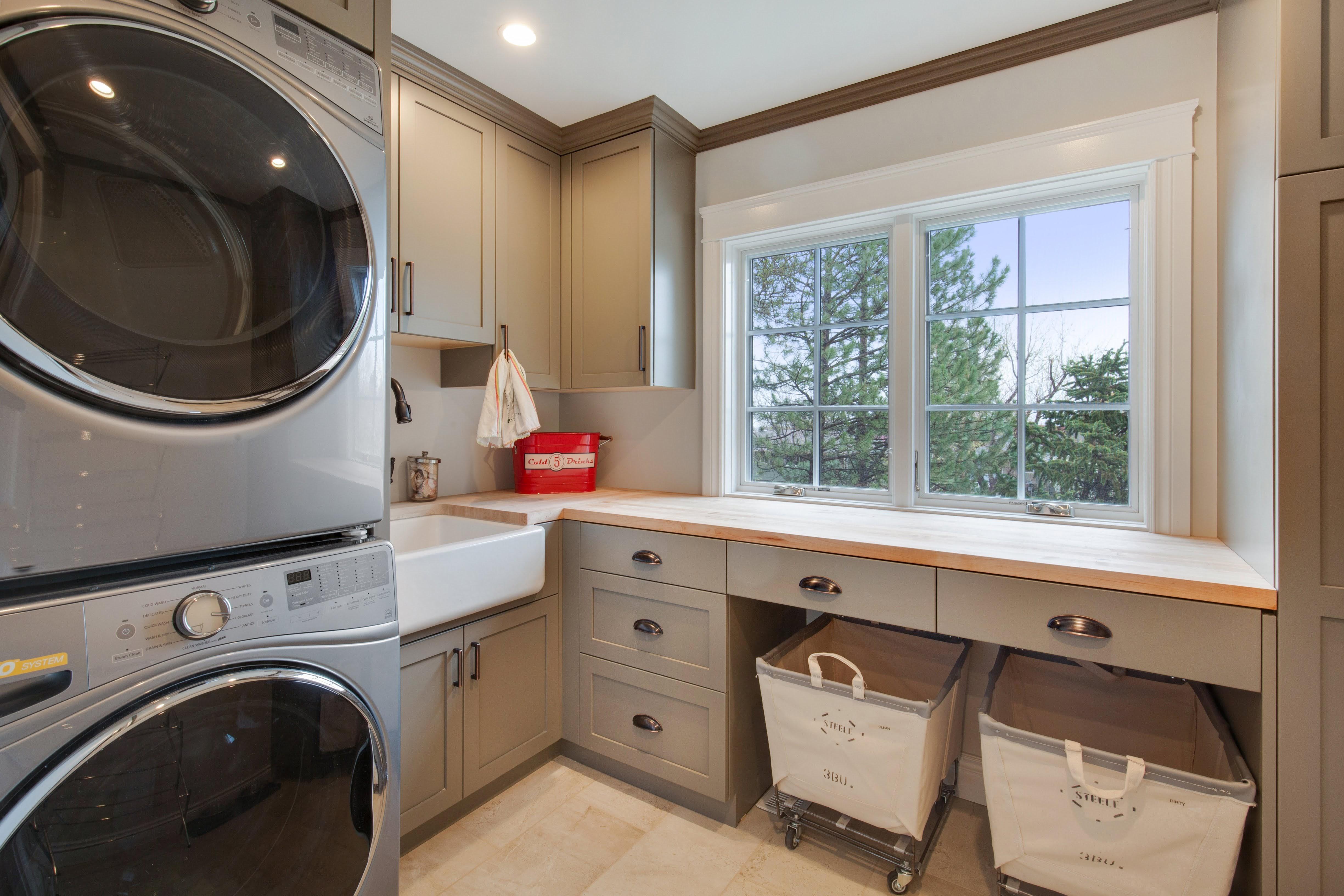 Project Holyoke Craftsman Laundry - View 2
