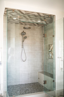 Project Meadow Place Contemporary - Master Bath View 9