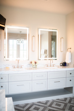 Project Meadow Place Contemporary - Master Bath View 6
