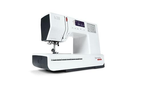 Bernette 38 sewing Machine