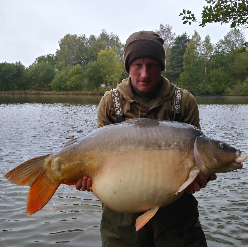 52lb 11oz Mirror - Crackers (13)