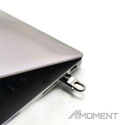 MOMENT_USB_MU25_laptop