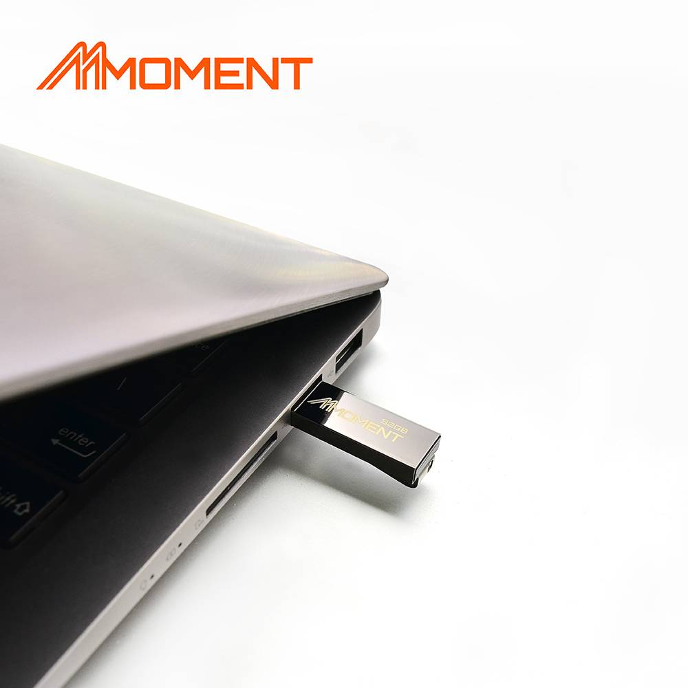 MOMENT_USB_MU21_laptop