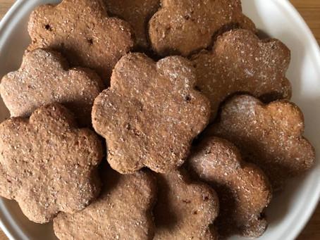 Tempo di zenzero i vs piatti: biscotti pan di zenzero e cannella