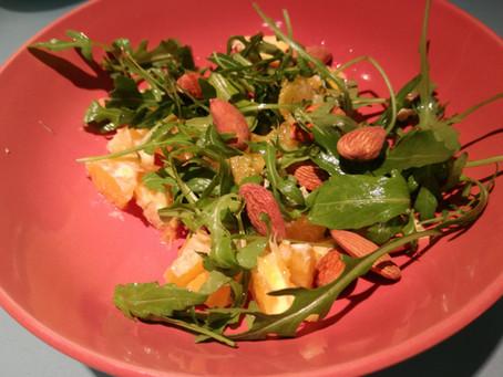Tempo di zenzero: insalata arancia, rucola, mandorle e zenzero