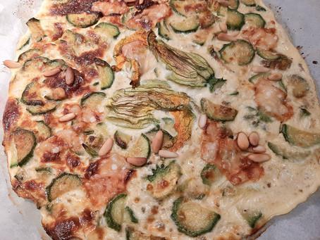 Frittata con fiori di zucchina e yogurt