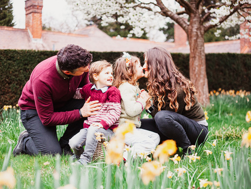 Spring family session in Croydon, Surrey