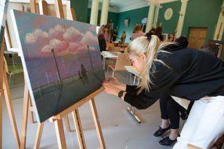 Eesti eri paigust pärit noored joonistasid Kohtla-Järvel elu parimaid asju