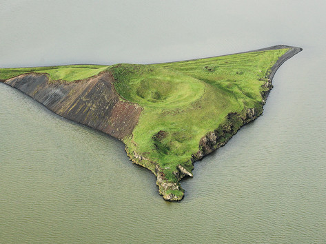 Insel mit Caldera