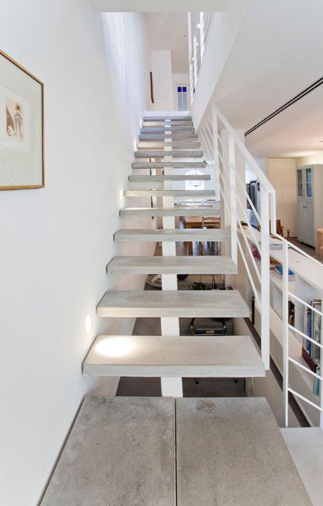 single house- 3 floors 180 sqm- neve