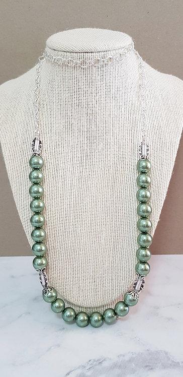 Elvie necklace