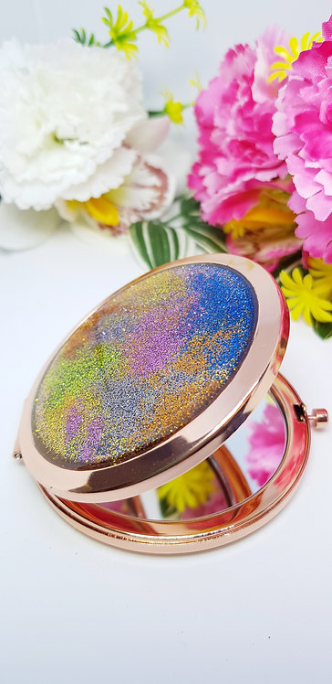 Resin compact mirror