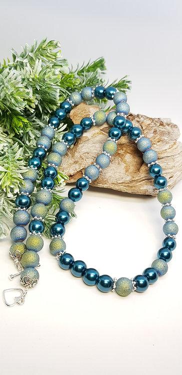 Teal shimmer necklace