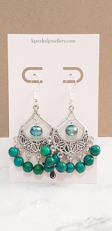 Chandelier earrings (green)