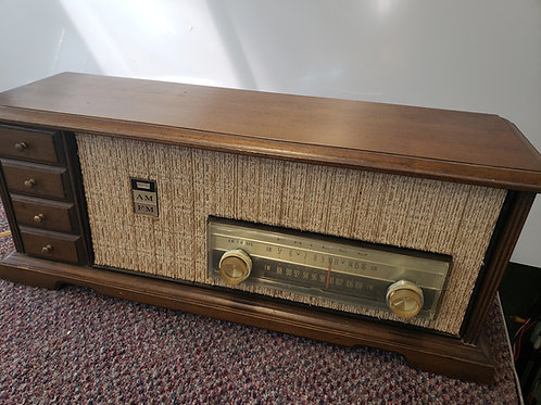 Philco L929-124 AM/FM 6 Tube Table Radio