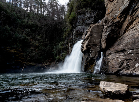 7 Great Waterfall locations in North Carolina