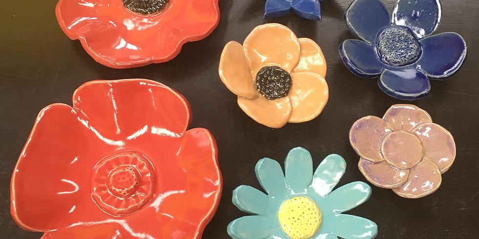 Bloemen maken (Klei atelier in Destelbergen)