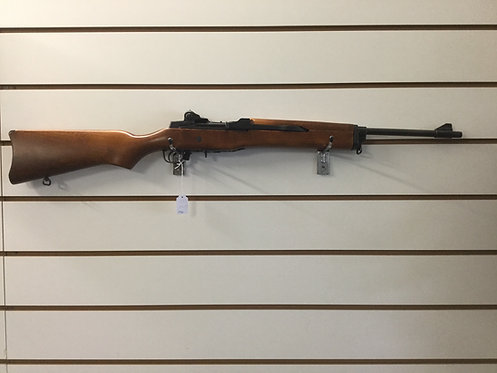 Ruger Mini 14 . S/A  Cal. 222 RM