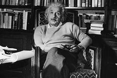 Albert-Einstein-17e63c6b144145a5812cee64