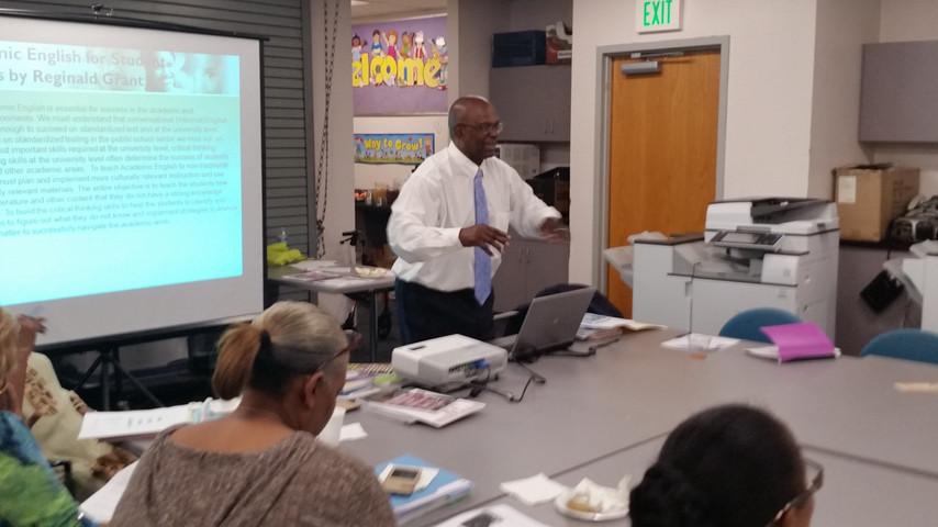 Reginald Grant, MSEd Buisness Strategist, Speaker, and Author conducting parent training on advocacy in Lynwood, CA