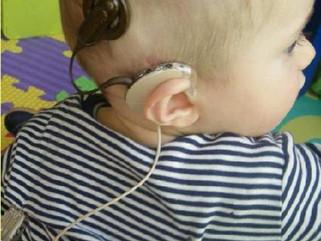 El desarrollo lingüistico en el niño sordo