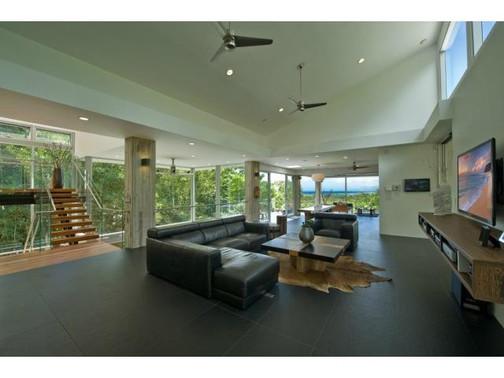 Kaohinani Livingroom