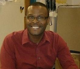 pastor derrick pic.jpg