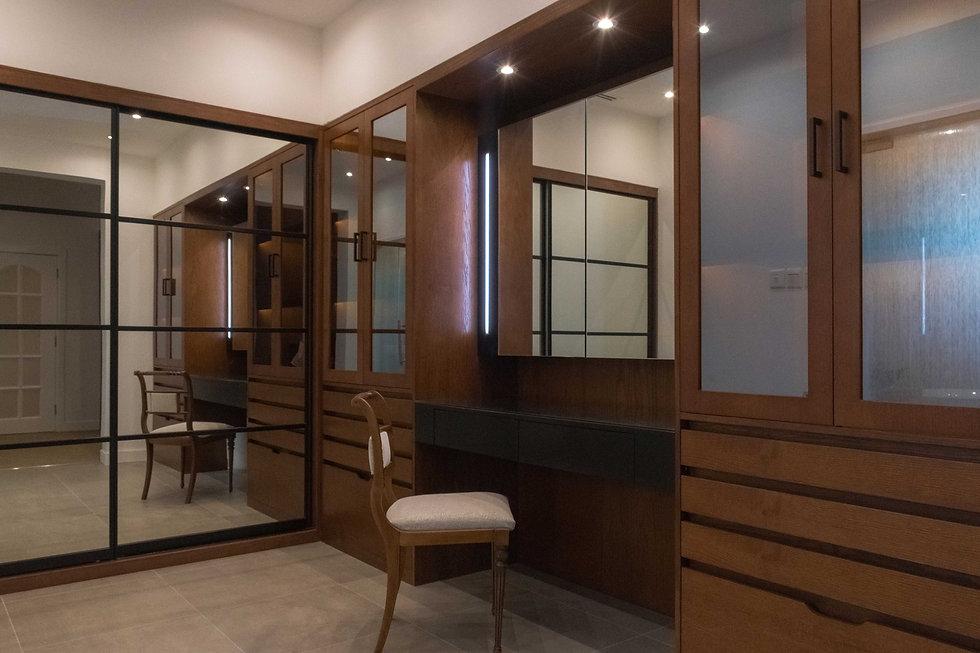 walk-in closet interior design   საგარდერობე ოთახის ინტერიერის დიზაინი