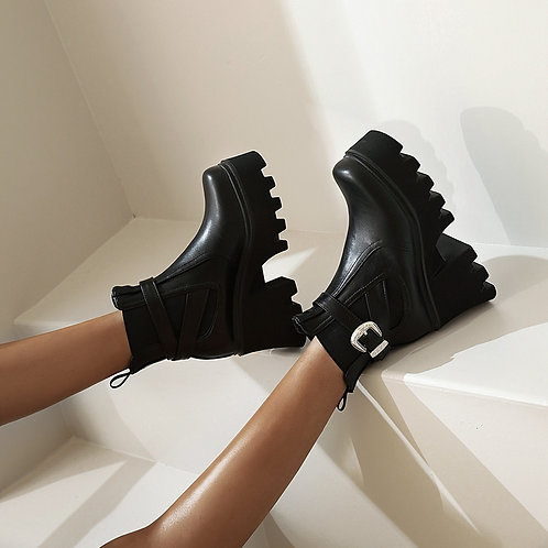 Square Toe Platform Boots