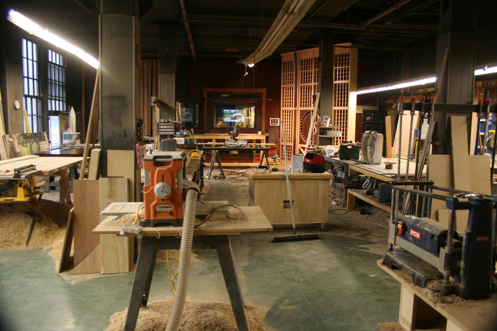 400 Linden Ave studio