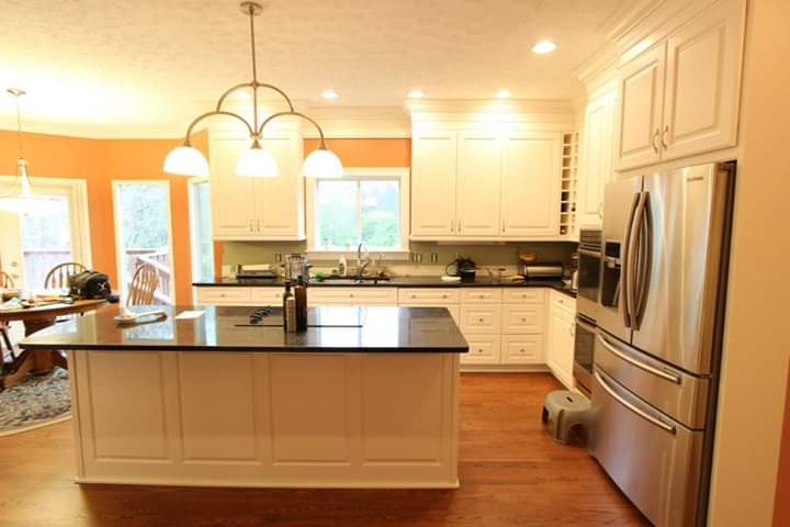 Custom Poplar Kitchen