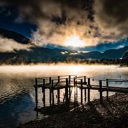 Brume du lac au ponton